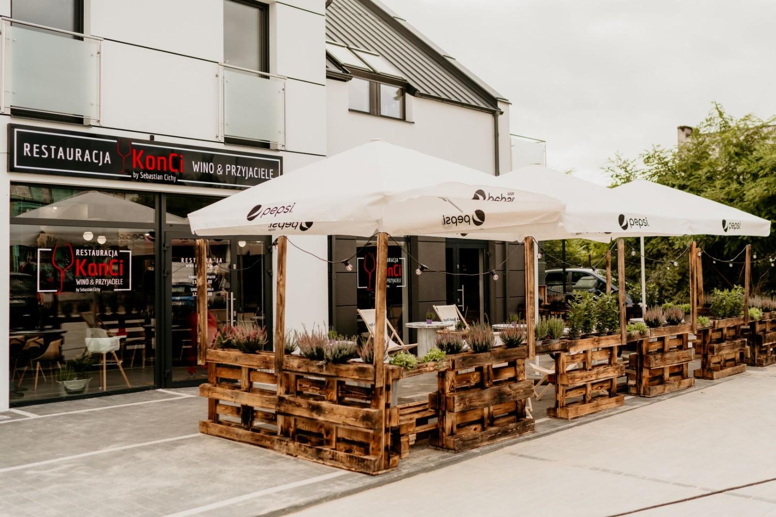 Czy na majówkę zostaną otwarte ogródki gastronomiczne?