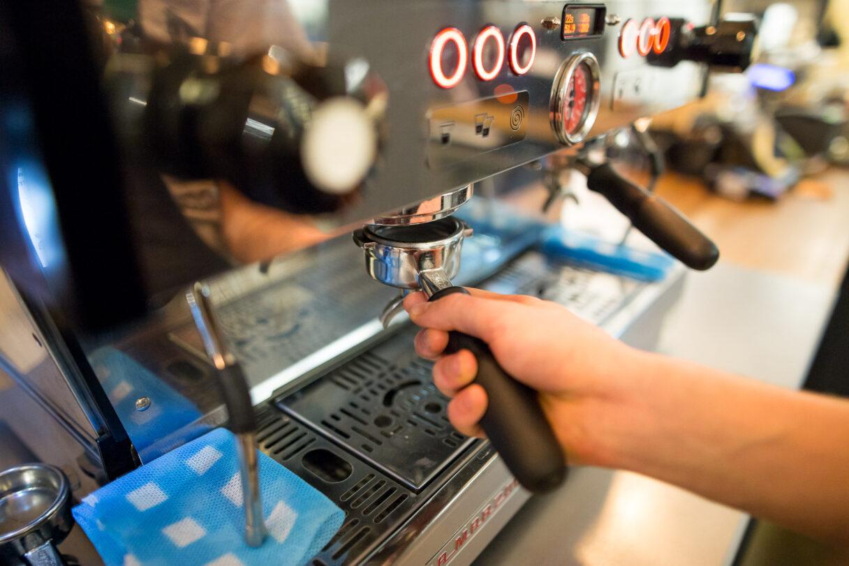 Paweł Świderski: Efektywne porządki w kawiarni gwarancją lepszej kawy