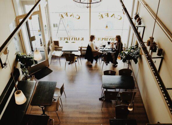 Inquiry: 50 % Polaków tęskni za wyjściem do restauracji i kawiarni
