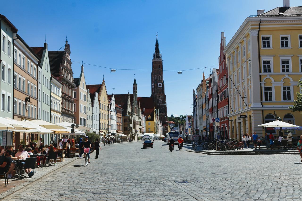 Niemcy: W hotelach i restauracjach brakuje gości i pracowników