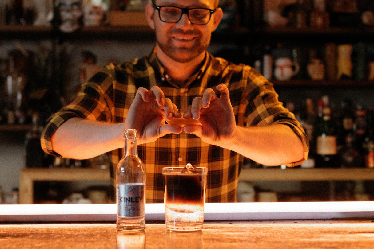 Kinley Mixology Club rzuca wyzwanie barmanom i lokalom